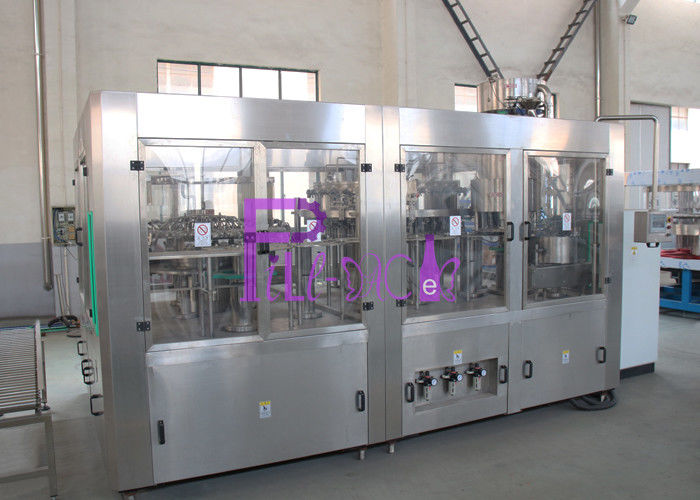 Automatic 3 in 1 Soft Drink Bottling Equipment Food Stage Stainless Steel